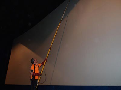 screen_cleaning_low